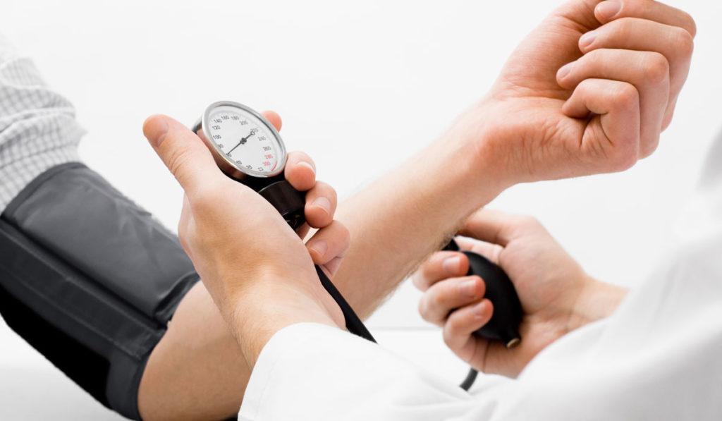 أعراض انخفاض ضغط الدم