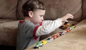 أعراض التوحد عند الأطفال